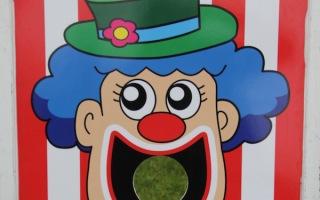 Feed The Clown